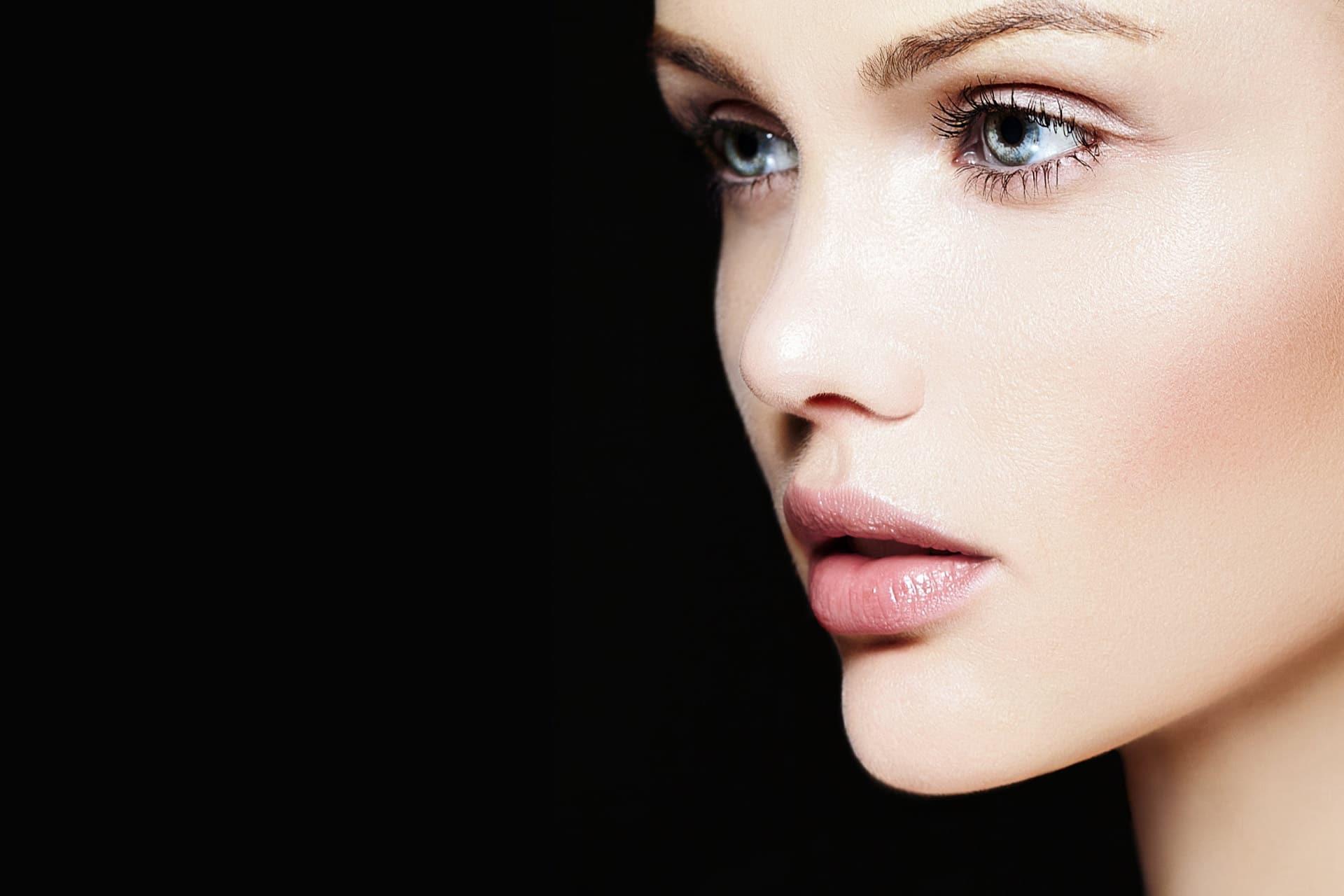rostro de joven bella tres cuartos promociones graziella moraes
